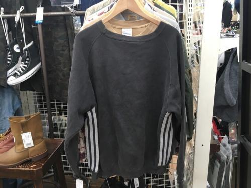adidasの越谷 草加 西新井 北千住 春日部 古着 販売