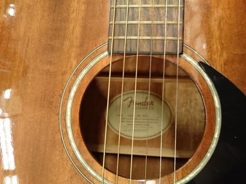 中古楽器のFENDER