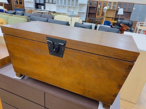 家具のテーブルウェア