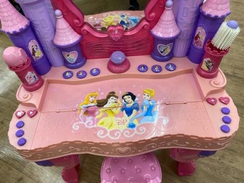 プリンセスのドレッサー