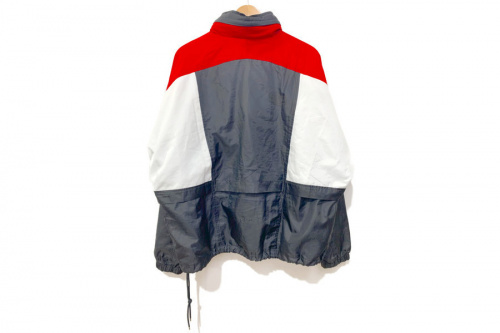 ジャケットのウーブンジャケット