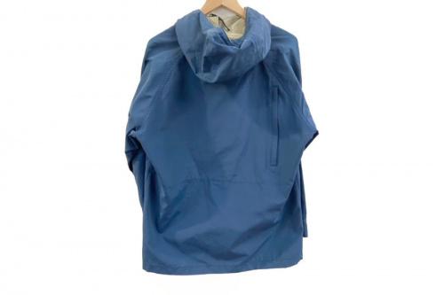 レディースファッションのマウンテンパーカー ジャケット
