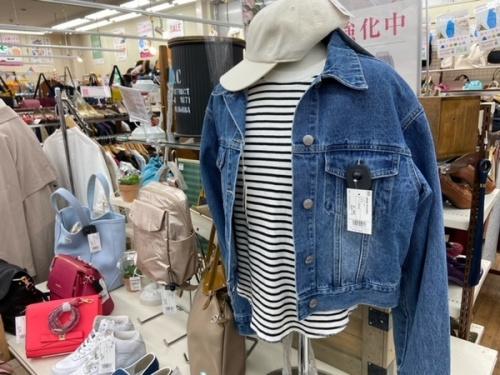 レディースファッションのボーダー Tシャツ カットソー
