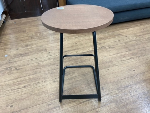 unico ウニコのサイドテーブル ナイトテーブル