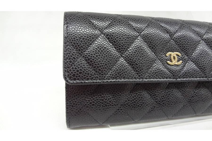 2cb73d9f576d CHANEL<シャネル>のキャビアスキン財布を紹介いたします ...