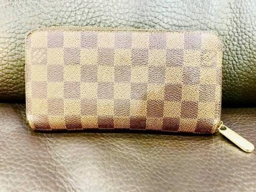 財布のダミエ