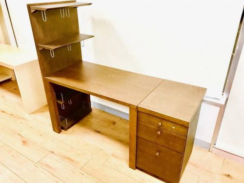 家具・インテリアのデスク