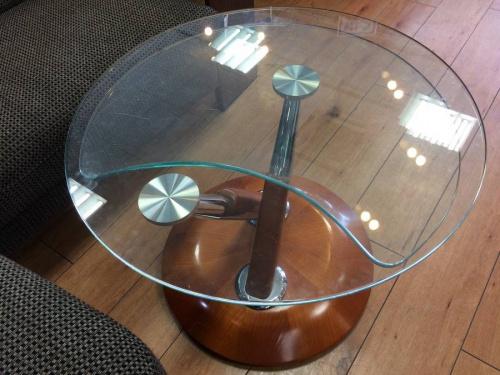 テーブルのRonald Schmitt