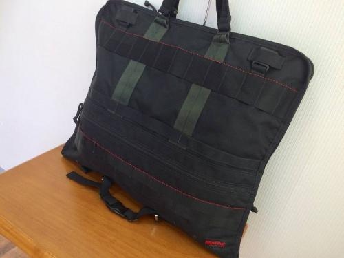 メンズファッションのガーメントバッグ