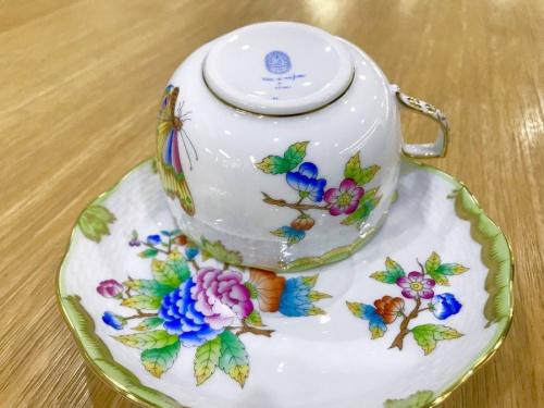 ヴィクトリア・ブーケのカップ&ソーサー