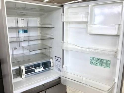 5ドア冷蔵庫のHITACHI