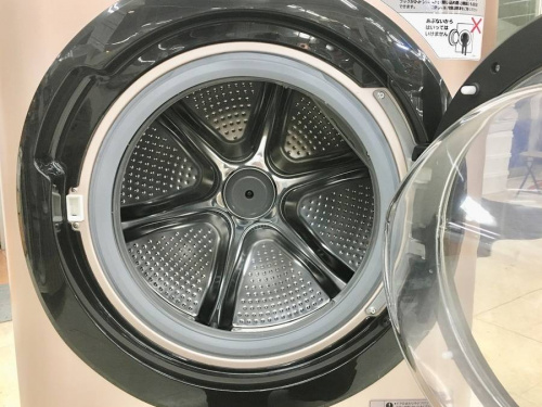 ドラム式洗濯機の洗濯乾燥機