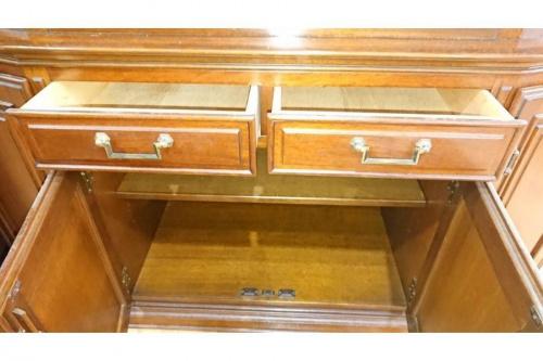 コレクションボードの中古家具