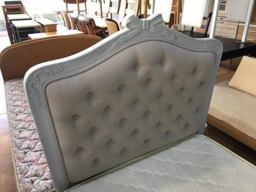 ベッドの中古家具