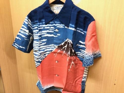 シャツのSUN SURF×HOKUSAI