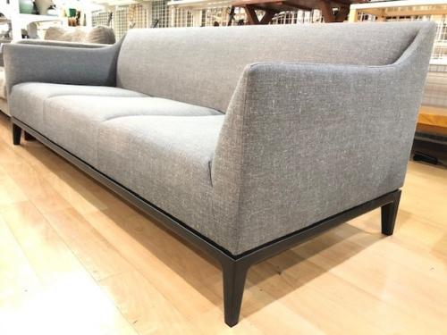 生活家具のソファ