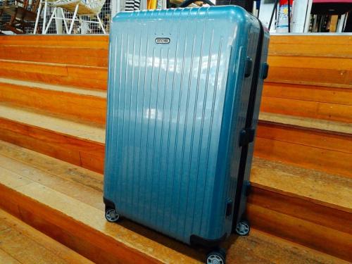 バッグ キャリーバッグのスーツケース