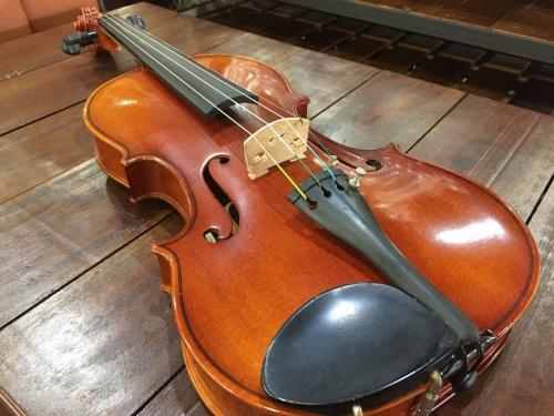 バイオリンのSUZUKI