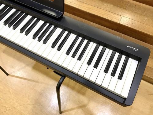 ROLAND ローランドのキーボード シンセサイザー ピアノ
