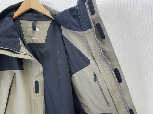 MOUNTAIN JACKETのマウンテンジャケット