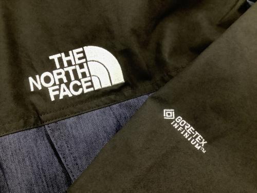 マウンテンライトジャケットのTHE NORTH FACE