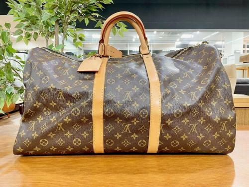 バッグのバケットバッグ