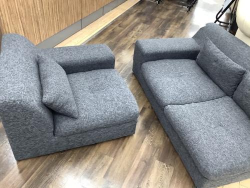 3人掛けソファーのグレー