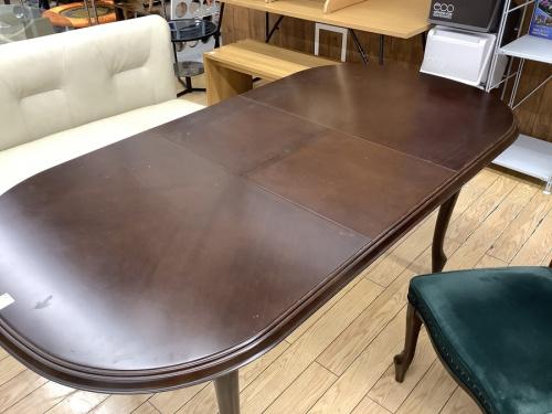 マルニのエクステンションテーブル