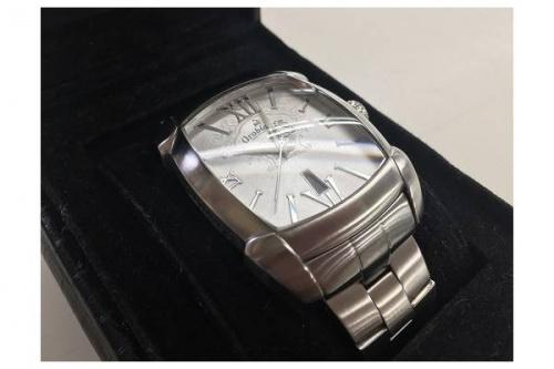 腕時計のオロビアンコ
