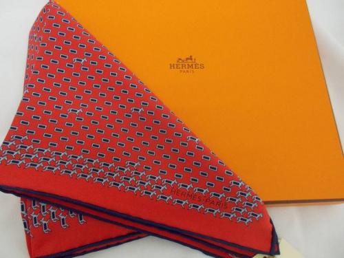 レディースファッションのスカーフ