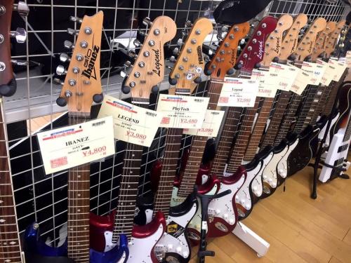 エレキギターのベース