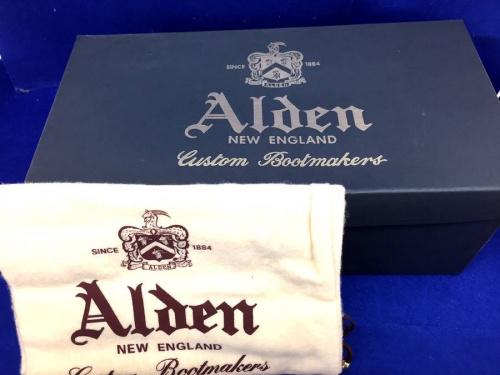 ALDENの東久留米店衣類