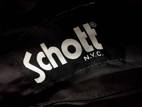 Schottの東久留米店衣類