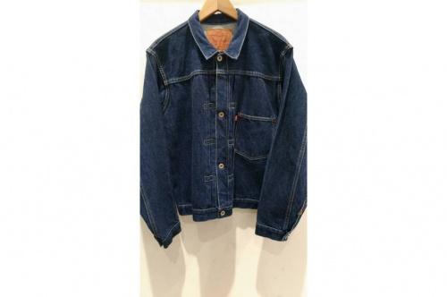 ジャケットのリーバイス(LEVI'S)