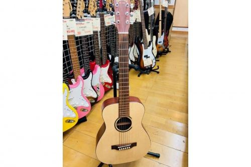 ギターの東久留米店楽器