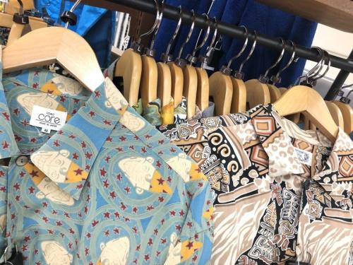 シャツの東久留米市 朝霞市 新座市 西東京市 練馬区 清瀬市 中古 ポロシャツ アロハシャツ オープンカラーシャツ 無地シャツ ノーカラーシャツ 買取 販売