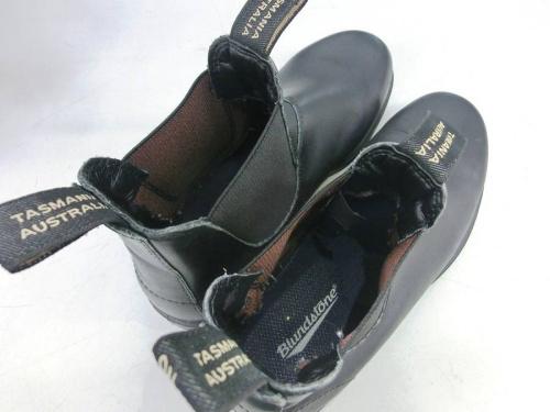 ブーツのBLUND STONE