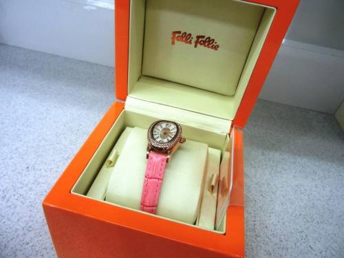 腕時計のFolli Folli