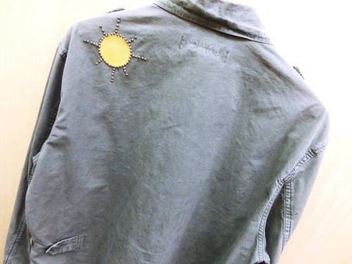 ジャケットのREMI RELIEF