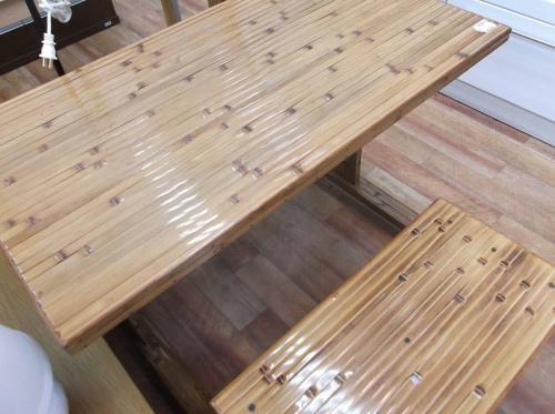 梅里竹芸の健康長椅子