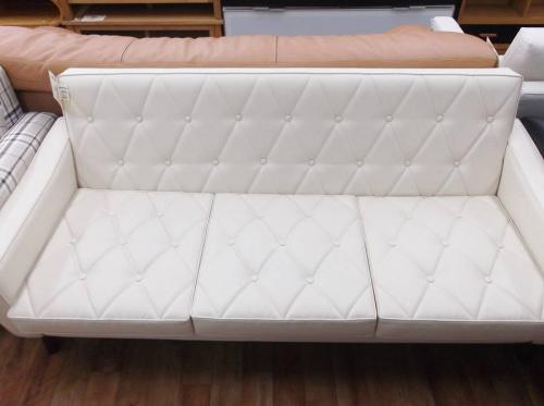 3人掛けソファーのカリモク60