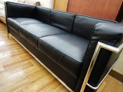 特選家具のLC2
