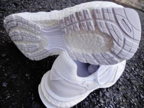スニーカーの川崎横浜衣類