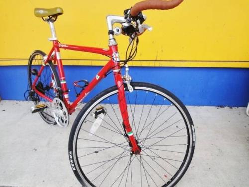 クロスバイクのAlfa Romeo