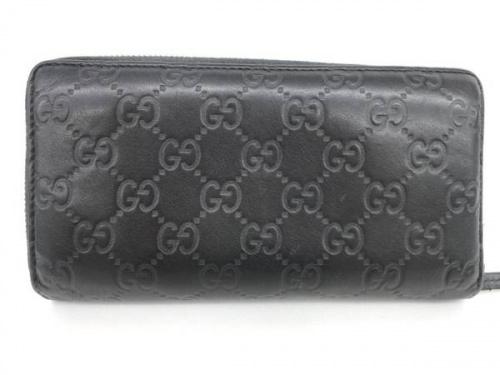 ラウンドファスナー財布の川崎横浜ブランド