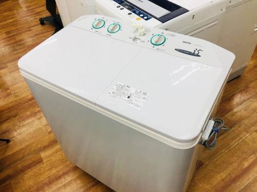 2槽式洗濯機のSANYO