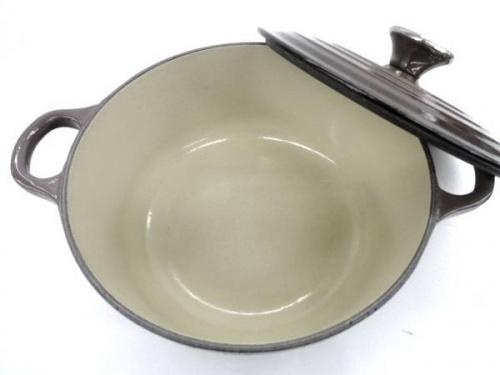 両手鍋のココットロンド