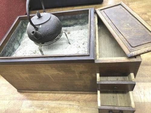 インテリアの火鉢