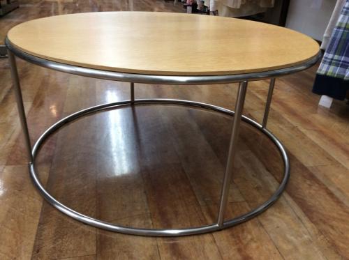 arflexのコーヒーテーブル