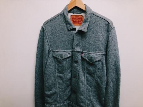 ジャケットのLevis